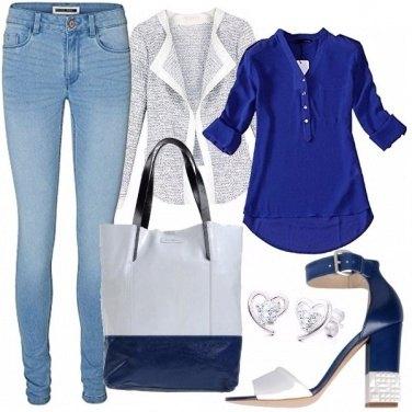 Outfit Denim e blu intramontabile