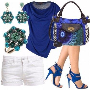 Outfit Pantone snorkel blue
