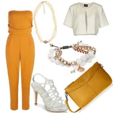 Outfit Bianco e ocra