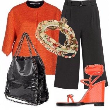 Outfit Arancione nero