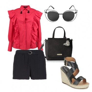 Outfit Camicia e shorts