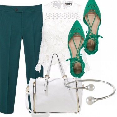 Outfit Dark green ti piace?