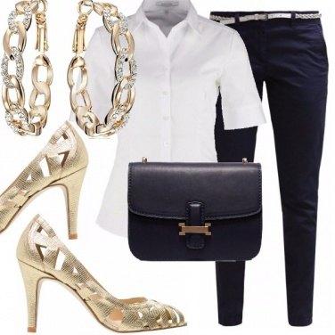 Outfit Una lady di classe in pantaloni