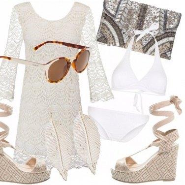 Outfit Splendida al mare o in piscina