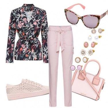 Outfit In ufficio in rosa