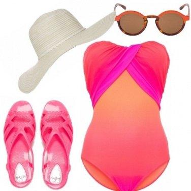 Outfit Più glamour al mare