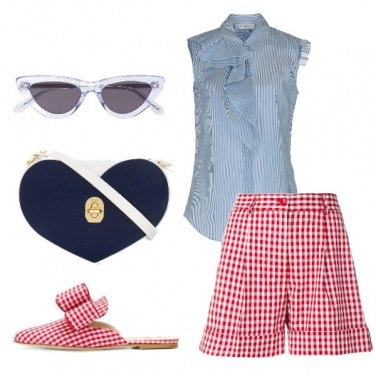 Outfit Shorts in fantasia Vicky