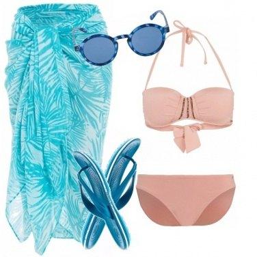 Outfit Rosa quartz e serenity al mare
