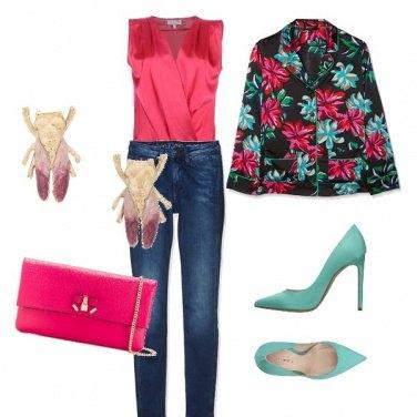 Outfit Api e fiori