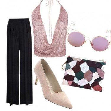 Outfit Scollatura maxi con eleganza