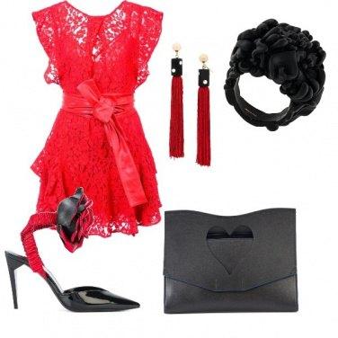 Outfit Pizzi cuori e rose