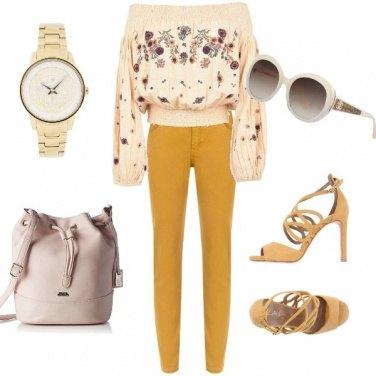 Outfit Giallo e oro