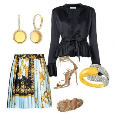 Outfit Black gold and light blue