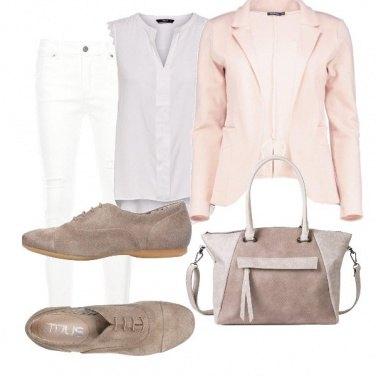 Outfit Stilosa in ufficio