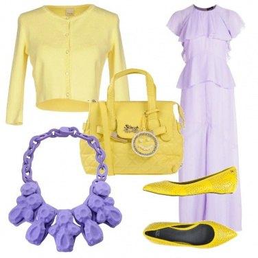 Outfit Volume sopra, Colori trendy!