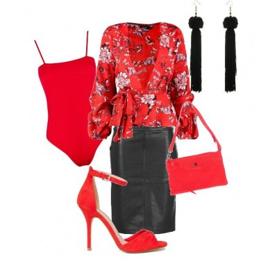 Outfit Oriente rosso