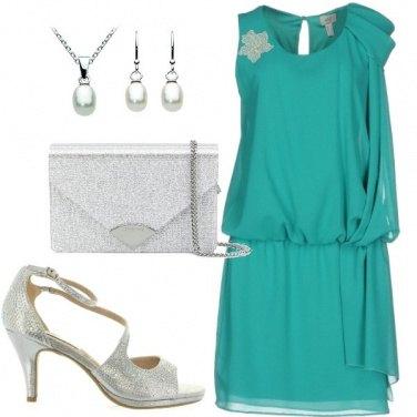 Outfit Sobria invitata