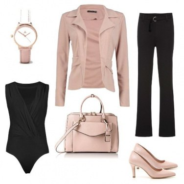 Outfit Carriera Rosa