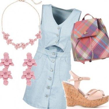 Outfit Accessori rosa sul jeans