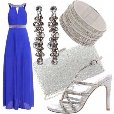 Outfit Blue snorkel con eleganza