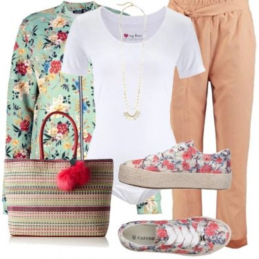 Outfit Sneakers fiorite