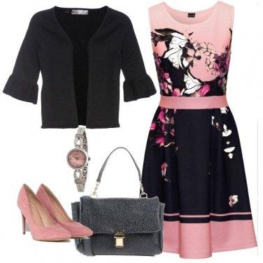 Outfit L\'abito primaverile per l\'ufficio