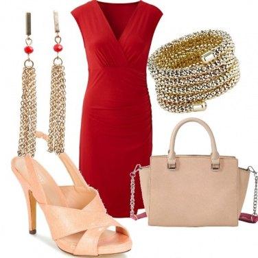 Outfit Oro e rosso