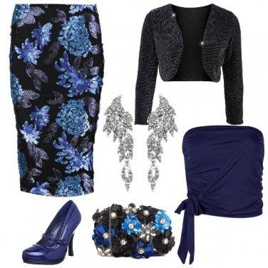 Outfit Fiori in blu