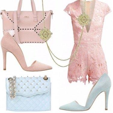 Outfit La tutina in pizzo rosa
