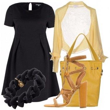 Outfit Fra il nero ed il giallo
