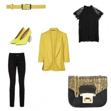 Outfit Mercoledì giallo