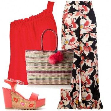 Outfit Monospalla rosso