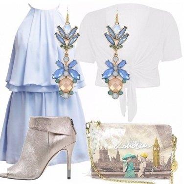 Outfit Azzurro pastello