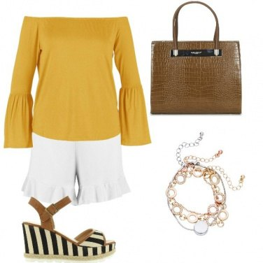 Outfit Sandali a righe