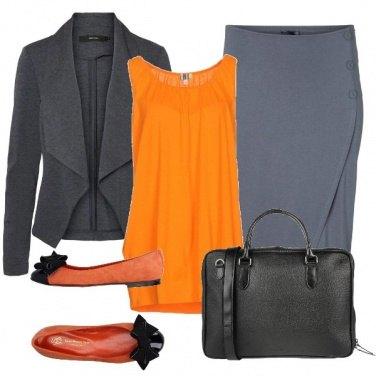 Outfit Arancio in ufficio