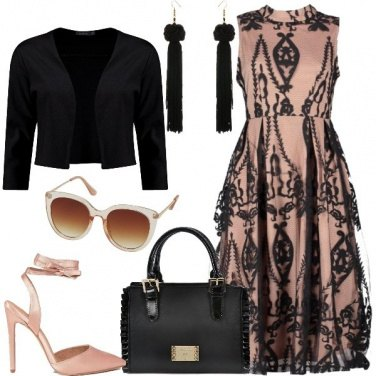 Outfit Pizzo e nude