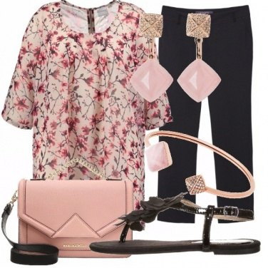 Outfit Rosa fiori