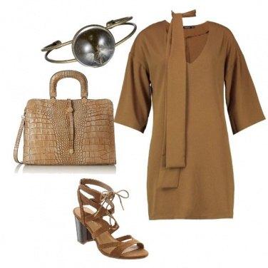 Outfit Borsa rettile