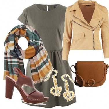 Outfit I colori caldi della terra