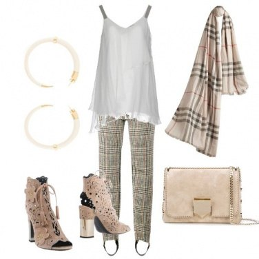 Outfit Iconico tartan