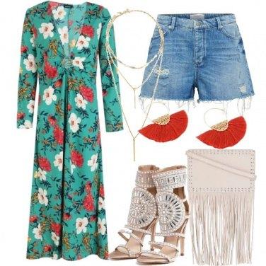 Outfit Kimono lungo e Shorts