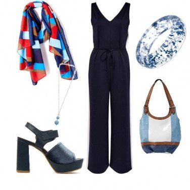 Outfit Foulard colorato