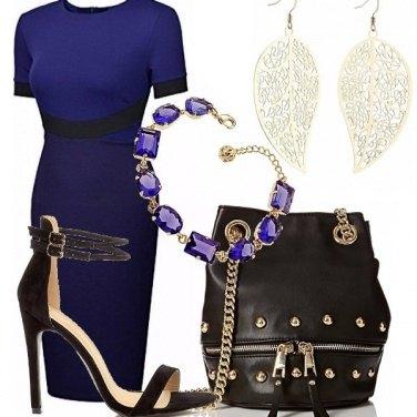 Outfit Il tubino blu e nero