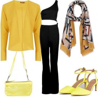 Outfit Nei toni del giallo