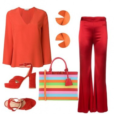 Outfit Moschino a righe