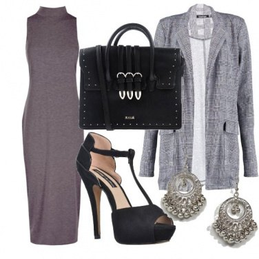 Outfit Bella in grigio