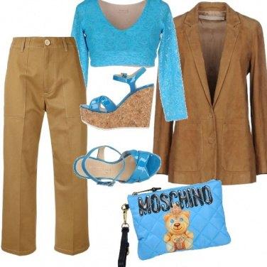 Outfit Cammello e azzurro