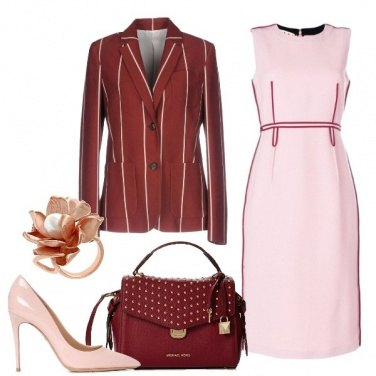 Outfit Chic in rosa e rosso scuro