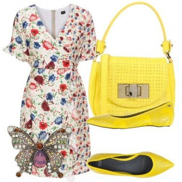 Outfit Giallo e fiori