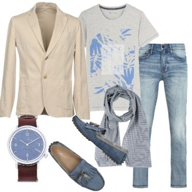 Outfit Informale in giacca e t-shirt